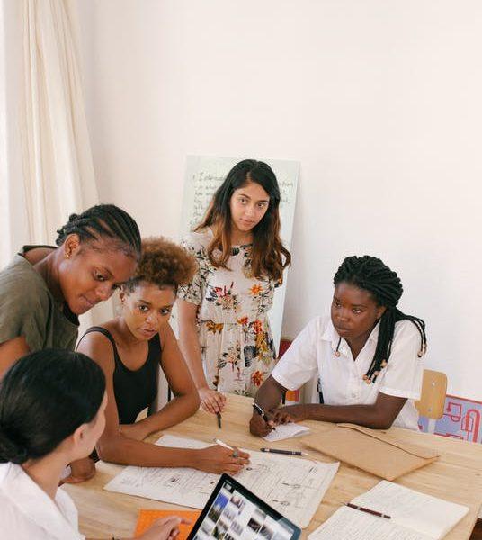6 Social Media Tips For International Women's Day
