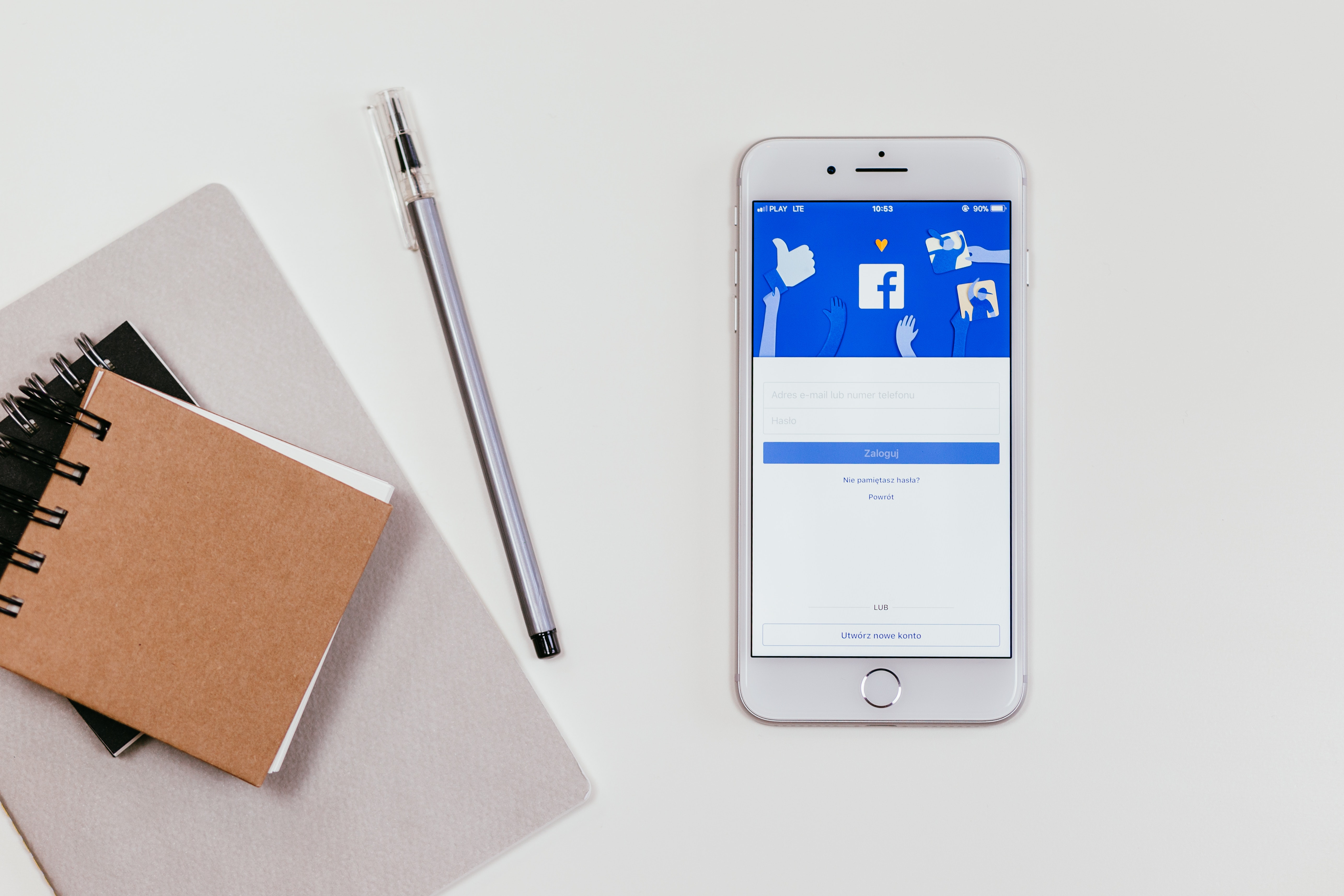 CATCH THE EYE OF YOUR CUSTOMER: SELECTING THE RIGHT IMAGE FOR YOUR FACEBOOK AD
